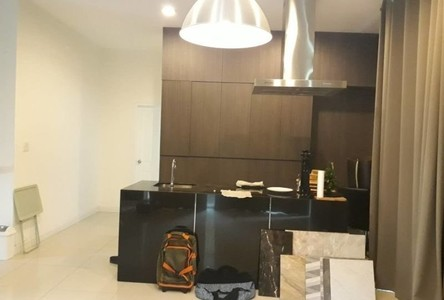 Продажа или аренда: Дом с 3 спальнями в районе Bang Na, Bangkok, Таиланд