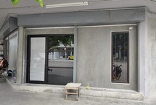 For Rent Office 112 sqm in Watthana, Bangkok, Thailand