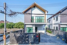 For Sale or Rent 3 Beds 一戸建て in Mueang Chiang Mai, Chiang Mai, Thailand