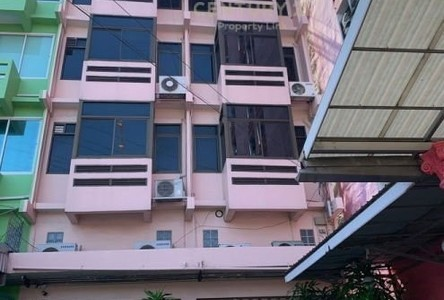 For Sale Retail Space 260 sqm in Suan Luang, Bangkok, Thailand