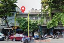 For Sale Retail Space 130 sqm in Samphanthawong, Bangkok, Thailand