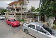 Продажа: Земельный участок 25 кв.м. в районе Bang Kho Laem, Bangkok, Таиланд