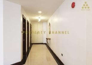 Located in the same building - The Habitat Sukhumvit 53