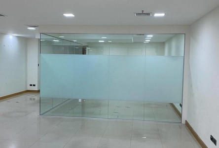 For Rent Office 180 sqm in Khlong Toei, Bangkok, Thailand