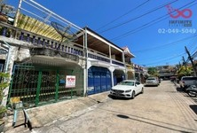 For Sale 3 Beds Townhouse in Bang Lamung, Chonburi, Thailand
