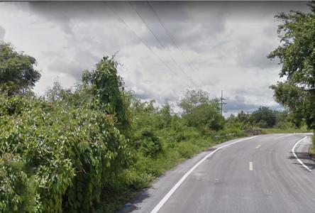 For Sale Land 1-0-45 rai in Lat Yao, Nakhon Sawan, Thailand