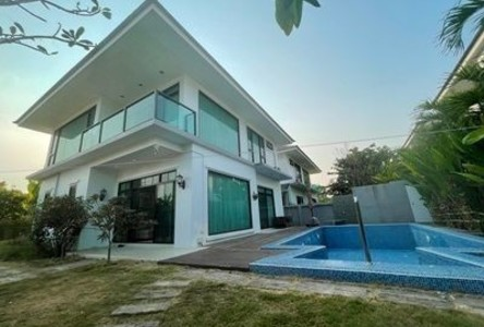 For Rent 4 Beds Condo in Saraphi, Chiang Mai, Thailand