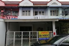 For Sale Townhouse 110 sqm in Lam Luk Ka, Pathum Thani, Thailand