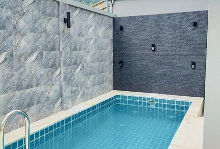 For Rent 4 Beds 一戸建て in Kathu, Phuket, Thailand