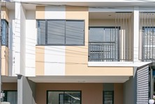 For Sale 3 Beds Townhouse in Mueang Nakhon Pathom, Nakhon Pathom, Thailand
