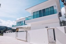 For Rent 4 Beds コンド in Mueang Phuket, Phuket, Thailand