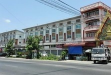 For Sale or Rent Retail Space in Bang Kruai, Nonthaburi, Thailand