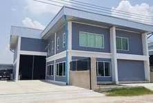For Sale Warehouse 238 sqm in Lat Lum Kaeo, Pathum Thani, Thailand