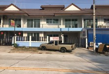 For Sale 3 Beds Office in Si Racha, Chonburi, Thailand
