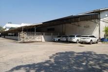 For Rent Retail Space 5,600 sqm in Mueang Samut Prakan, Samut Prakan, Thailand