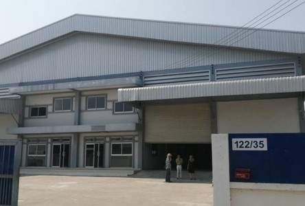 For Rent Retail Space 2,200 sqm in Bang Bo, Samut Prakan, Thailand
