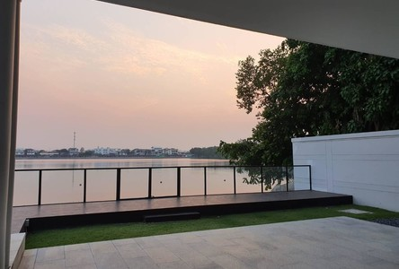 For Rent 5 Beds Condo in Don Mueang, Bangkok, Thailand