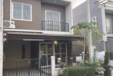 For Rent Townhouse 118 sqm in Lam Luk Ka, Pathum Thani, Thailand