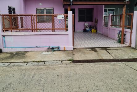 Продажа: Таунхаус с 2 спальнями в районе Mueang Surin, Surin, Таиланд