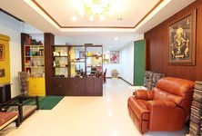 For Sale 2 Beds Townhouse in Chom Thong, Bangkok, Thailand