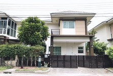 For Rent 3 Beds Condo in Don Mueang, Bangkok, Thailand