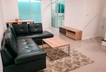 For Rent 3 Beds タウンハウス in Mueang Chiang Mai, Chiang Mai, Thailand