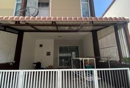For Sale 3 Beds タウンハウス in Bang Khae, Bangkok, Thailand