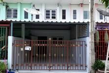 ขาย ทาวน์เฮ้าส์ 2 ห้องนอน พนัสนิคม ชลบุรี