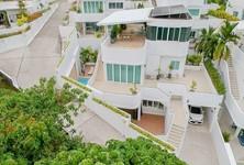 For Rent 4 Beds 一戸建て in Mueang Phuket, Phuket, Thailand
