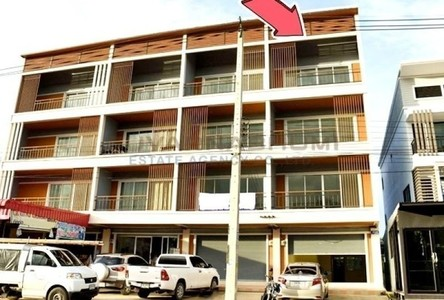 For Sale Retail Space 192 sqm in Mueang Chumphon, Chumphon, Thailand