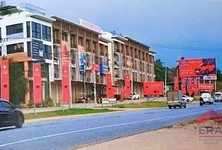 For Sale or Rent Retail Space in Si Racha, Chonburi, Thailand