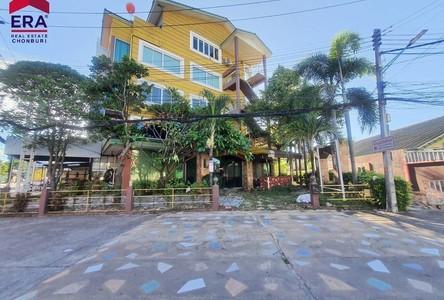For Sale Retail Space in Si Racha, Chonburi, Thailand