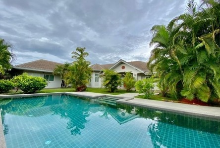 For Sale or Rent 5 Beds House in San Kamphaeng, Chiang Mai, Thailand