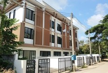 For Sale 4 Beds Townhouse in Ko Samui, Surat Thani, Thailand
