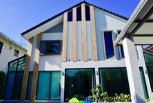 For Sale 7 Beds House in San Sai, Chiang Mai, Thailand