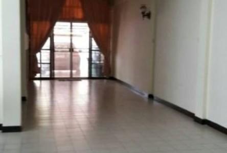 For Sale 4 Beds Townhouse in Bang Phlat, Bangkok, Thailand