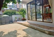 For Rent 4 Beds House in Huai Khwang, Bangkok, Thailand