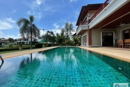 For Rent 5 Beds 一戸建て in Thalang, Phuket, Thailand