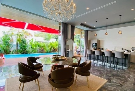 For Sale or Rent 4 Beds 一戸建て in Mueang Phuket, Phuket, Thailand