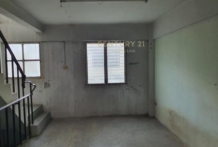 For Rent Retail Space 120 sqm in Bang Bua Thong, Nonthaburi, Thailand
