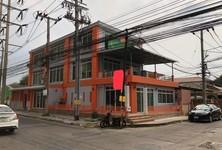 For Rent Retail Space 200 sqm in Pak Kret, Nonthaburi, Thailand