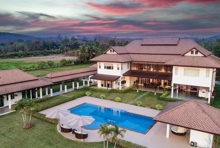 For Sale 6 Beds House in San Kamphaeng, Chiang Mai, Thailand