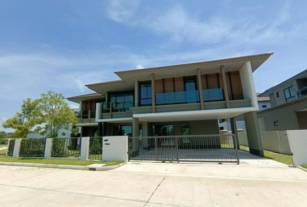 For Sale 4 Beds House in Bang Sao Thong, Samut Prakan, Thailand