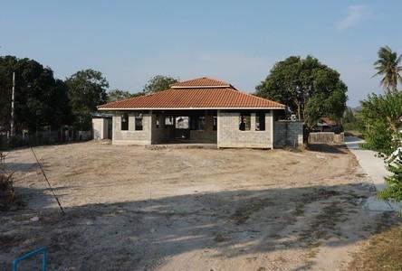 For Sale Land 1,600 sqm in Hua Hin, Prachuap Khiri Khan, Thailand