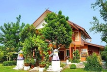 For Sale 5 Beds House in Mueang Ratchaburi, Ratchaburi, Thailand