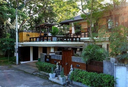 For Sale or Rent 5 Beds House in Mueang Chiang Mai, Chiang Mai, Thailand