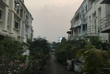 For Sale or Rent 4 Beds Townhouse in Phaya Thai, Bangkok, Thailand