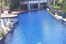 For Rent 3 Beds Townhouse in Sattahip, Chonburi, Thailand