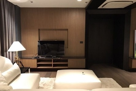 For Rent 4 Beds Condo in Pom Prap Sattru Phai, Bangkok, Thailand