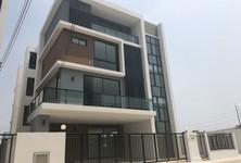 For Rent Retail Space 440 sqm in Bang Phli, Samut Prakan, Thailand
